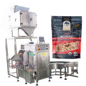 Automatické plniace a tesniace zariadenie pre kávový prášok